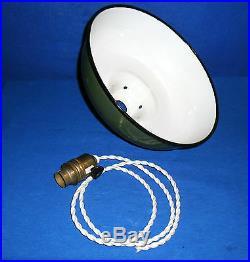Ancien Abat Jour Suspension D'usine, Lampe Industrielle Bauhaus En Tôle Emaillee