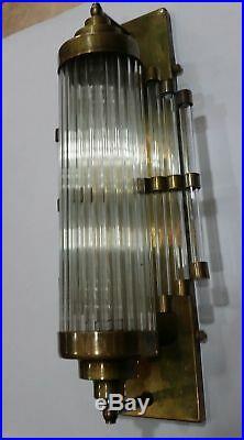 Ancien Old Art Deco Skyscraper Brass & Glass Rod Lumiere Appliques murale Lampe