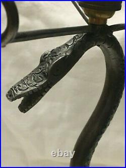 Ancien pied de lampe Art Deco serpent en fer forgé pour lampe Daum Muller Brandt