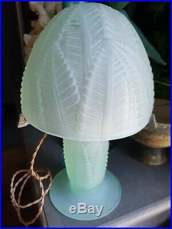 Ancienne Lampe Champignon Art Deco Verre Moule Pierre D Avesnmuller