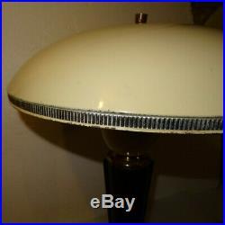 Ancienne Lampe D'interieur Modele 320 De Jumo. Annees 40-50 Bakelite Et Tôle