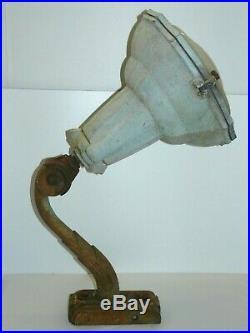Ancienne Lampe De Cours D'usine Potence Industrielle Art Deco Fonte Deco Loft