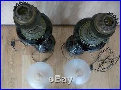Ancienne Paire De Lampes A Petrole En Faience