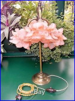 Ancienne et jolie LAMPE ART-DECO 4 TULIPES en pate de verre rose