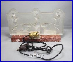 Ancienne petite lampe ou veilleuse Art Déco avec verrerie signée Costebelle