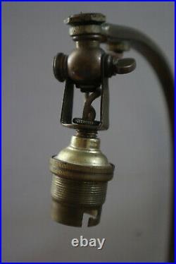 Art Deco Lampe de table signée Daum Pâte de Verre