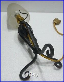 Belle LAMPE CHAMPIGNON en Fer forgé et Pâte de Verre art déco 1930