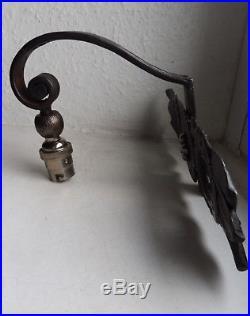 Edgar Brandt France Applique Lampe En Fer Forgé Époque Art Deco Époque 1920