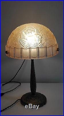 HETTIER-VINCENT lampe de table ou bureau art deco verre moulé bronze idem Muller