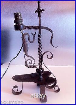 Jolie Lampe Art Nouveau Serpent En Fer Forgé