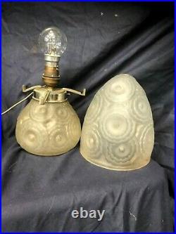 LAMPE CHAMPIGNON Pierre D'AVESN signée art déco1930 verre moulé no lalique daum