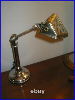 LAMPE PIROUETT A VERRES NUAGE Articulée à 2 bras, avec un bras télescopique et u