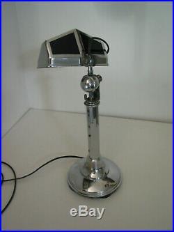 LAMPE PIROUETT DE BUREAU art déco 1930 en très bon état hauteur est réglable d
