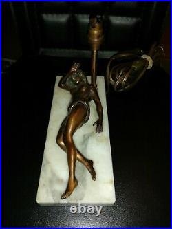 Lampe Art Déco Femme Nue Coupe Cigare Curiosa Erotica
