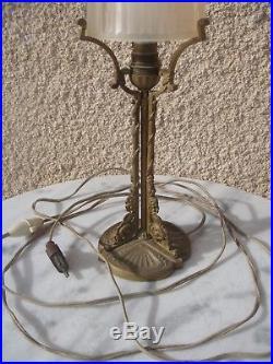 Lampe Art Déco vers 1920 Pied en bronze Verre signé Muller Frères Luneville