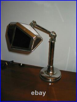 Lampe PIROUETT DE SALON art déco 1930 en bon état dusage AVEC VERRES VITRAIL BL