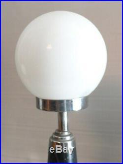 Lampe art deco moderniste géometrique marbre conique à attribuer
