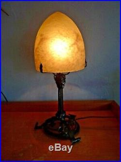 Lampe art nouveau-art deco fer forgé gingko pate de verre, daum, muller, schneider