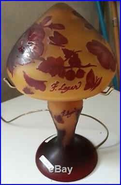 Lampe champignon en PATE DE VERRE signe F LEGER