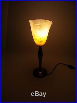 Lampe de table Art Déco métal argenté tulipe Schneider