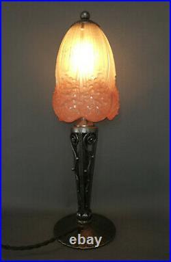 Lampe fer forgé Art Déco Art Nouveau Hettier et Vincent avec Muller frères