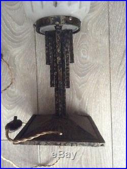 Lampe fer forgé globe en verre art déco Degué Muller