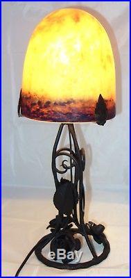 Lampe fer forgé tulipe pâte de verre De Ross / Art nouveau Déco /No Muller Degué