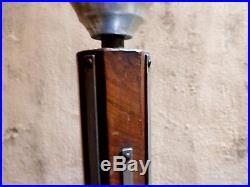Lampe lampadaire fut cylindrique acajou réflecteur aluminium Art Déco 1930