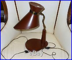 Lampe moderniste design gainée cuir&laiton 1950's couleur bordeaux Adnet Hermes