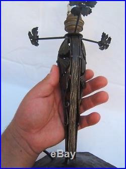 Lampe pied en fer forgé globe pâte de verre Ginko Biloba Art Déco style Brandt