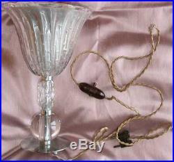 Lampe tulipe Art Déco en verre et métal chromé fil et prise bakélite d'origine