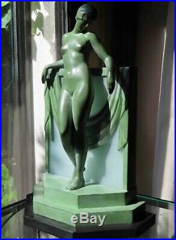 MAX LE VERRIER LAMPE STATUETTE ART DECO par FAYRAL