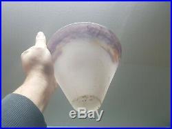 Obus de lampe ou lustre art deco en pate de verre couleur degué