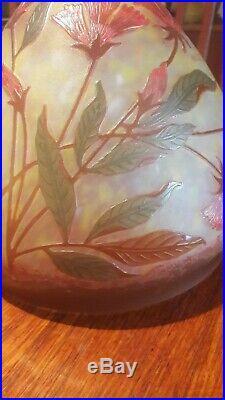 Obus, dôme de lampe décor Art Nouveau oeillet dégagé à l'acide, cameo lamp shade