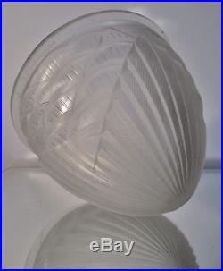 Obus pour centre de lustre, lampe champignon Art Déco signé Schneider Era Muller