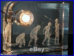 Original Lampe 3d Les Origines De L'homme Dans Un Bloc De Verre