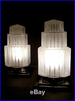 Paire De Lampes Building Moderniste Art Deco Skyscraper Gratte-ciel 1930
