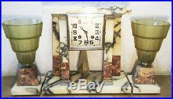 Pendule portique à colonnes en marbre avec vases lampe Art Déco Modern Style