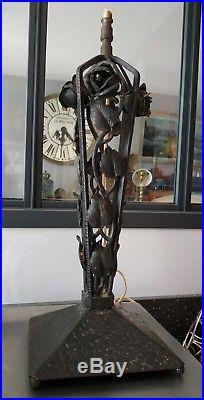 Pied de lampe fer forgé signé Art Nouveau déco roses / Années 30-40 / Iron lamp