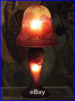 Superbe Lampe Champignon en Pâte de Verre Signée Gallé TIP