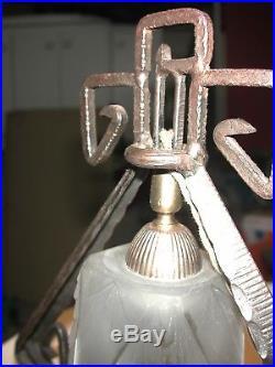 Superbe lampe Art Déco fer forgé et pâte de verre Muller Frères Lunéville