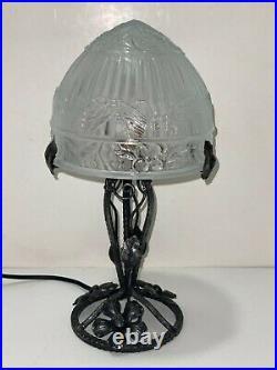 Très belle Ancienne Lampe Fer Forgé art déco avec Dôme, globe décors papillons